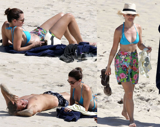 To see more photos of Kristin Davis in a bikini on the beach, just read more ...