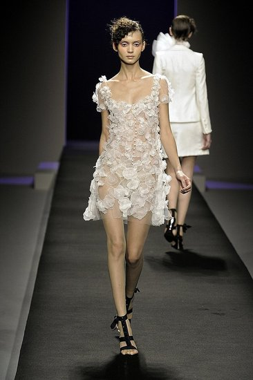 Christophe Josse Spring 2009 Haute Couture: Photo 21 of 24   Coutorture