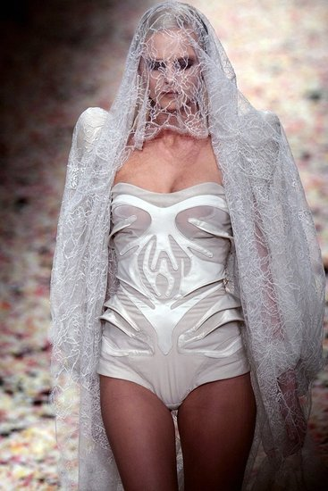 Givenchy Spring 2009 Haute Couture : Photo 3 of 36 | Coutorture :  lingerie one piece nude haute couture