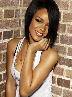 rihanna hairstyles short hair. Celebrity Hairstyles - Rihanna