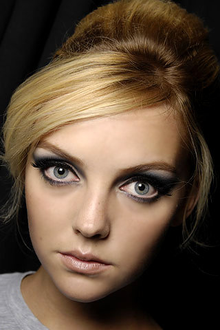 smokey eyes close up. Beauty Trend of the Week
