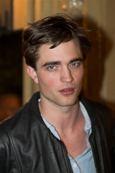 robert pattinson hairstyles 2 Teen Boys Haircut Hairstyle Pictures
