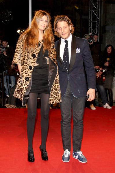 Bianca Brandolini y Lapo Elkann en la exhibición fotográfica Extreme Beauty in Vogue.