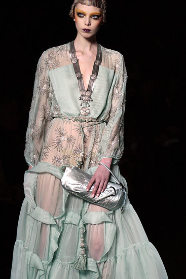 GALLIANO/DIOR::Does Everybody Again