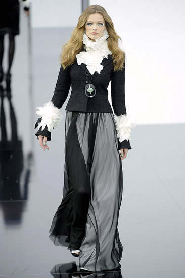 Paris Fashion Week: Chanel Fall 2009 | chanel, runway, Gallery | Coutorture :  jacket designer gown dress