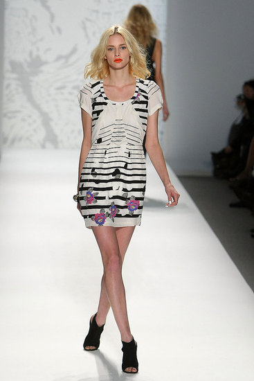 New York Fashion Week: Twinkle by Wenlan Spring 2010 | runway, Gallery, New York Fashion Week | Coutorture :  short sleeves dress horizontal stripes asymmetrical