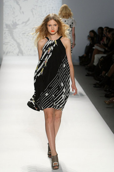 New York Fashion Week: Twinkle by Wenlan Spring 2010 | runway, Gallery, New York Fashion Week | Coutorture :  loose white clothing womens