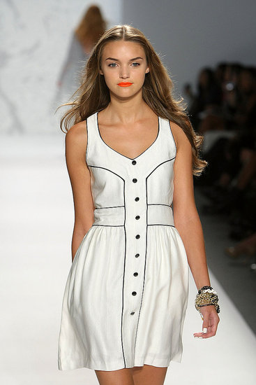 New York Fashion Week: Twinkle by Wenlan Spring 2010 | runway, Gallery, New York Fashion Week | Coutorture :  contrasting piping dress contrasting trim flare