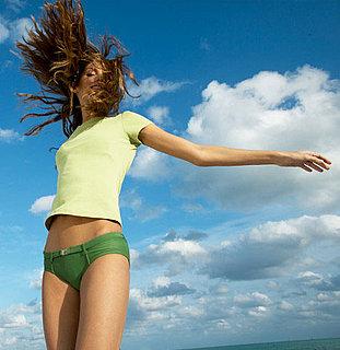 4481bef58c028e8f bikini.xlarge Emily Osment   Twitter Bikini