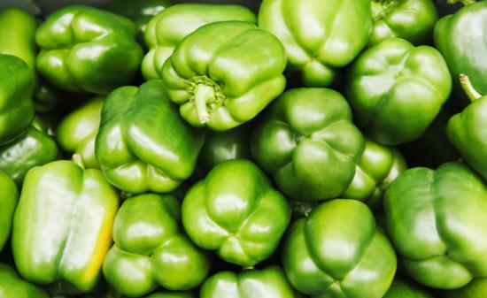 3510149a4d175fba green bell peppers