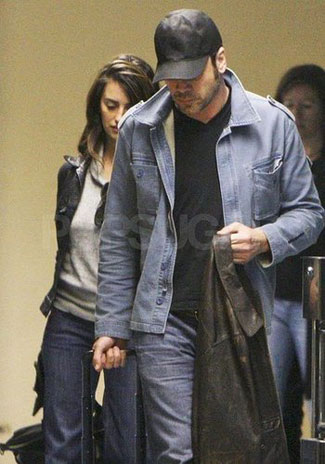 Javier Bardem and Penelope Cruz shared a passionate kiss in Barcelona