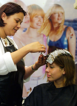 Hair Dyes  Cancer on Does Hair Dye Cause Cancer