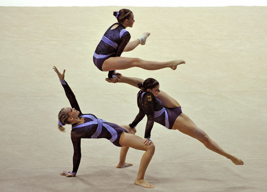 3 People Acrobatic Gymnastics
