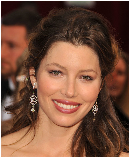 How To Get Jessica Biel's Oscar Hairstyle. Tips for achieving the Jessical