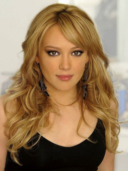      2010      hillary-duff-sedu-hair-style.jpg