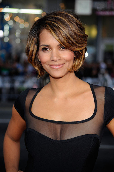 halle berry hairstyles. Halle Berry Hairstyles