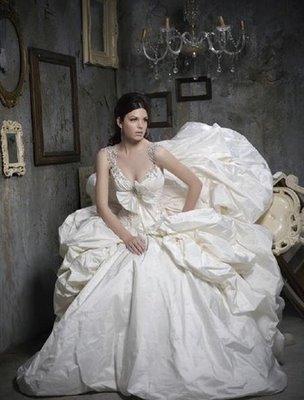 pnina tornai red wedding dresses