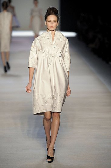 Paris Fashion Week: Giambattista Valli Spring 2009 | Spring 2009, Gallery, gallery | Coutorture :  spring 2009 cream giambattista valli elegant