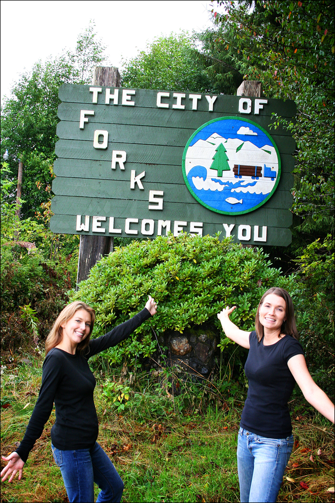 http://media.onsugar.com/files/upl1/37/370775/46_2008/forks-city-sign.jpg
